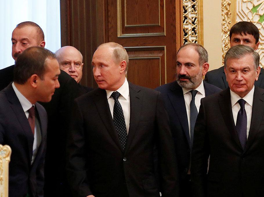 სომხეთის პრემიერ-მინისტრი და აზერბაიჯანის პრეზიდენტი მოსკოვში ჩავიდნენ