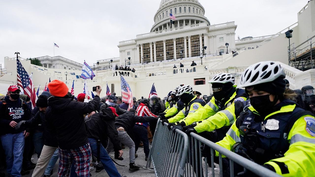ღია სტუდია - რამ წარმოშვა და როგორ შეიძლება აღიწეროს პრობლემა, რომელმაც ამ ჯერზე თავი იჩინა ვაშინგტონში, აშშ კონგრესის შენობაში მოქალაქეთა შეჭრისას