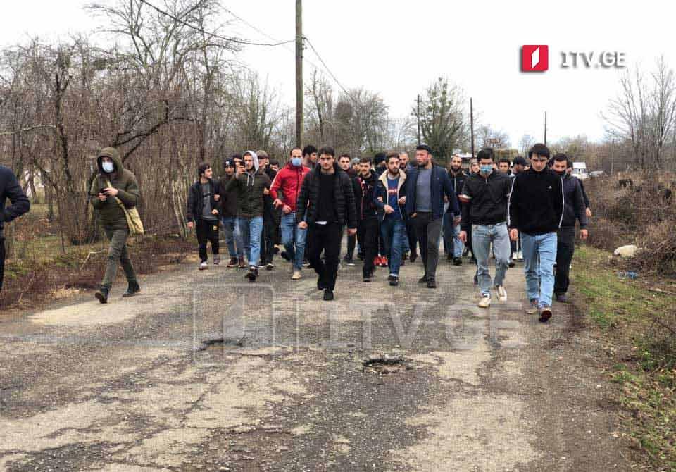 Ситуация в селе Букнари Чохатаурского муниципалитета к этому времени  спокойная