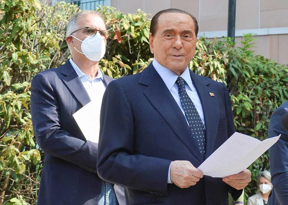 იტალიის ყოფილი პრემიერ-მინისტრი სილვიო ბერლუსკონი გულთან დაკავშირებული პრობლემების გამო ჰოსპიტალში გადაიყვანეს