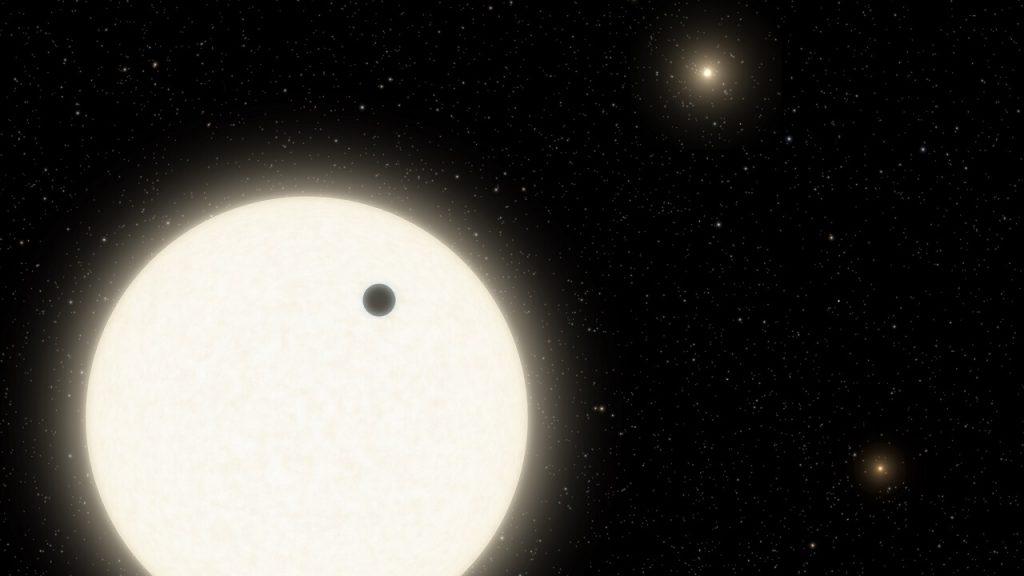 აღმოჩენილია გიგანტური პლანეტა, რომლის ცაშიც სამი მზე კაშკაშებს — #1tvმეცნიერება