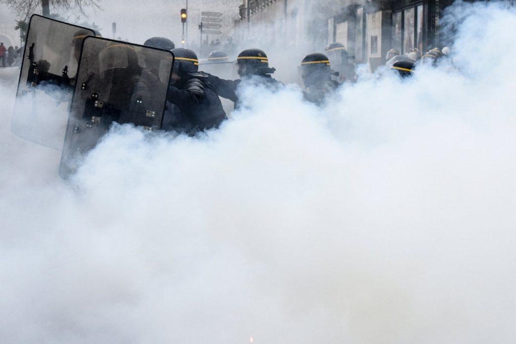 Ֆրանսիայում անվտանգության մասին վիճահարույց օրինագծի հակառակորդների ցույցին ձերբակալվել է 75 անձ