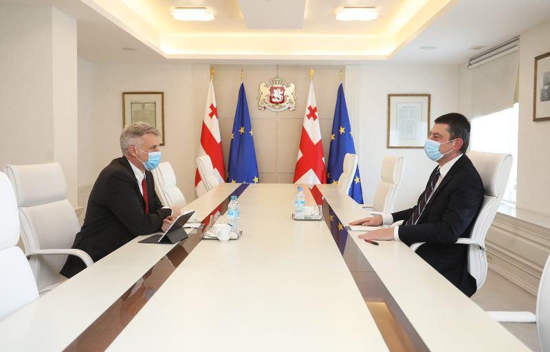 Георгий Гахария встретился с региональным директором Всемирного банка по Южному Кавказу Себастьяном Молинеусом