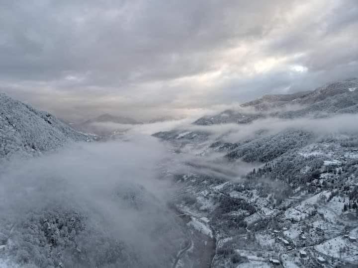 თოვლის მაღალი საფარის გამო, აჭარის მაღალმთიანეთში ელექტროენერგიის მიწოდების პრობლემა შეიქმნა
