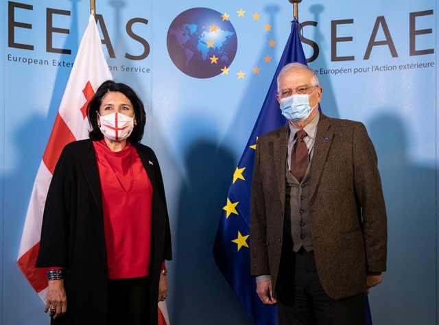 Salome Zurabişvili Cozef Borel ilə görüşündə münaqişənin həlli prosesinə Avropa İttifaqının daha artıq qoşulması məsələsini irəli sürdü