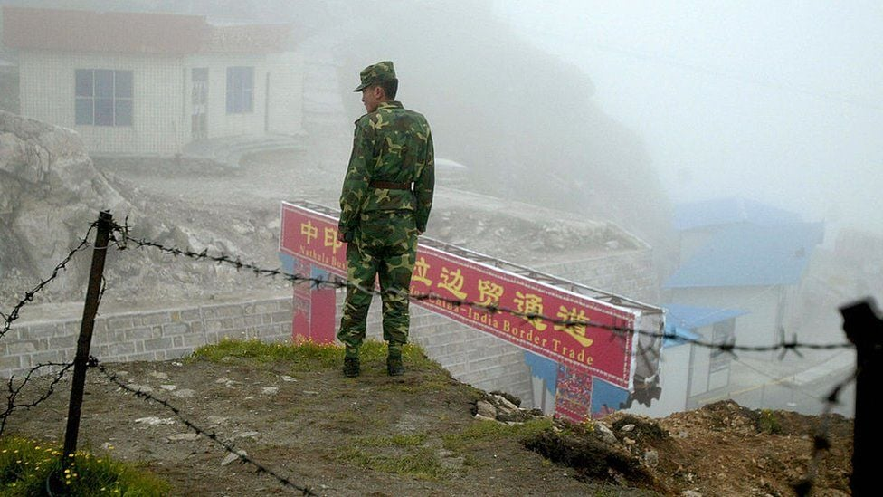 ჩინელი და ინდოელი ჯარისკაცები სასაზღვრო ზონაში ერთმანეთს ფიზიკურად დაუპირისპირდნენ