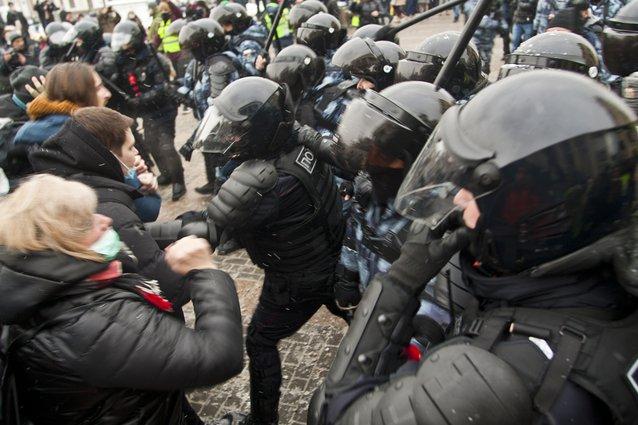 Ռուսաստանում Ալեքսեյ Նավալնիին սատարող ցույցերին ձերբակալվածների թիվը գերազանցել է երեք հազարը, կան տուժածներ