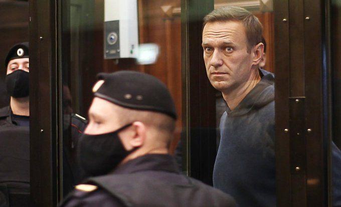 Ալեքսեյ Նավալնիի կողմնակիցները հավաքվում են Մոսկվայի կենտրոնում, Մանեժնայա հրապարակում