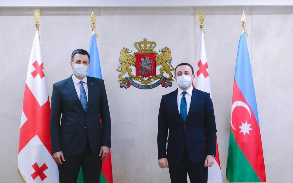 Georgian Defense Minister meetsAzerbaijani Ambassador