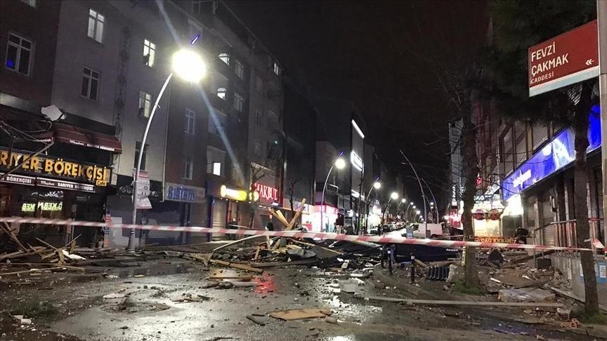 İstanbulda güclü fırtına var idi