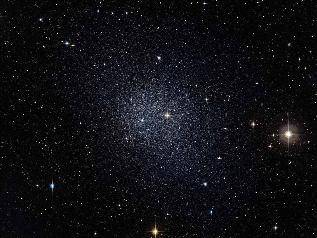აღმოჩენილია უძველესი ჯუჯა გალაქტიკა, რომელსაც მოსალოდნელზე გაცილებით ბევრი ბნელი მატერია აქვს — #1tvმეცნიერება