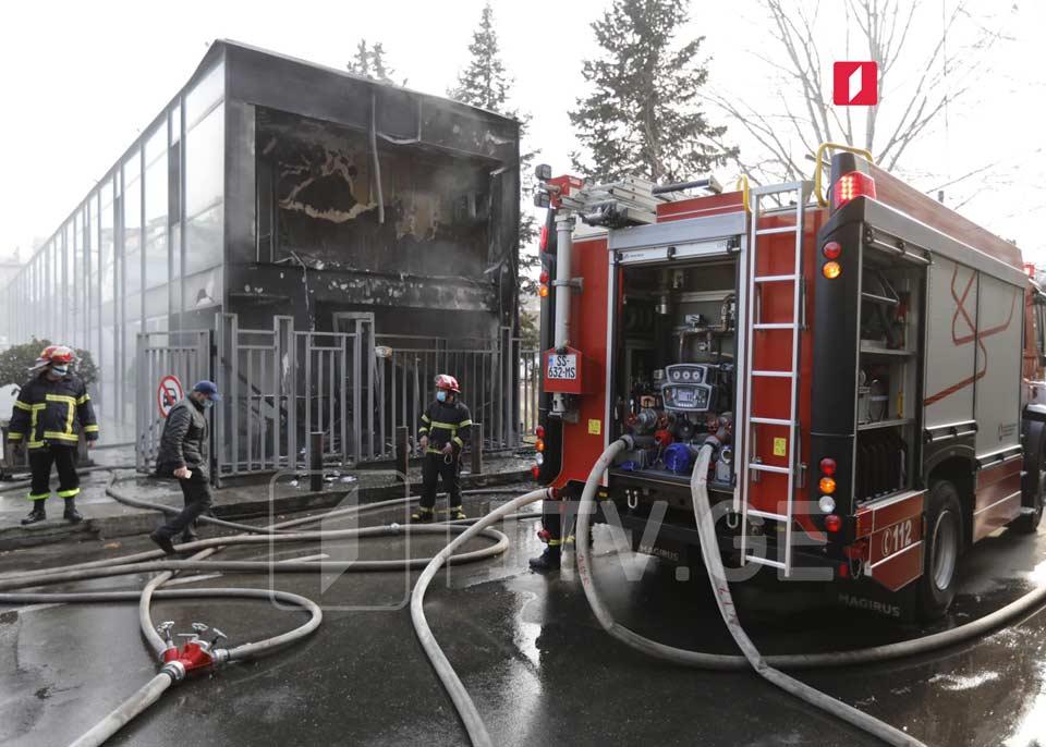 Пожар в тбилисском ТЦ «Мегалайн» потушен