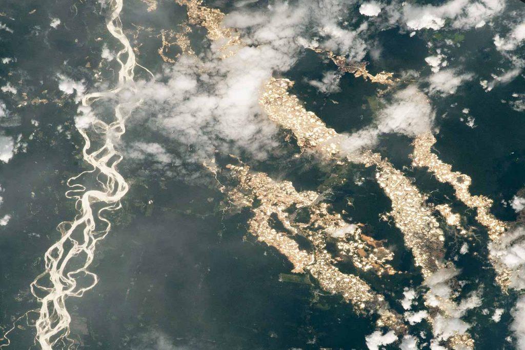 """NASA-ს მიერ გამოქვეყნებულ ფოტოებზე ამაზონის აუზის """"ოქროს მდინარეები"""" ჩანს — #1tvმეცნიერება"""