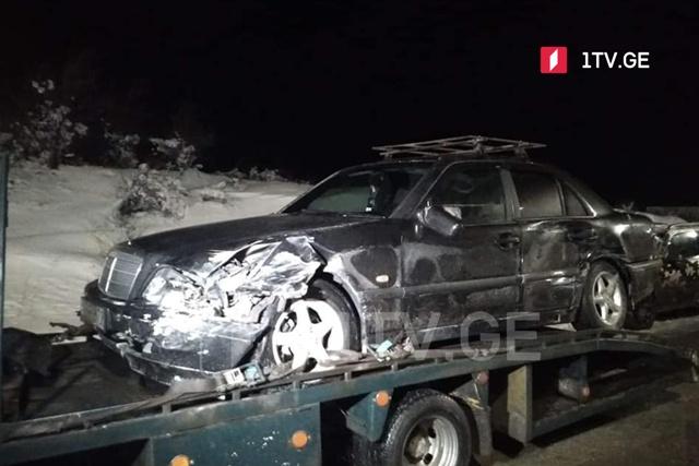 ცენტრალურ ავტობანზე ავარიისას 15-მდე მანქანა დაზიანდა, მსუბუქად დაშავდა რამდენიმე ადამიანი