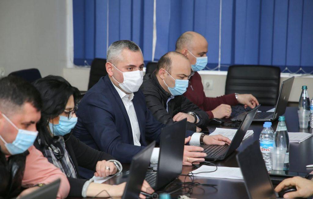 თბილისში დევნილი ოჯახებისთვის ბინების განაწილების მიზნით კომისიამ მუშაობა დაიწყო