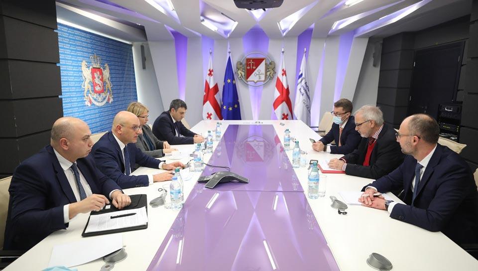 ფინანსთა მინისტრი, ვიცე-პრემიერი ივანე მაჭავარიანი ევროპის საინვესტიციო ბანკის პრეზიდენტს შეხვდა