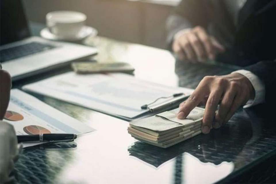 ბიზნესპარტნიორი - გაძვირებული სესხები და დეპოზიტებზე შემცირებული განაკვეთები