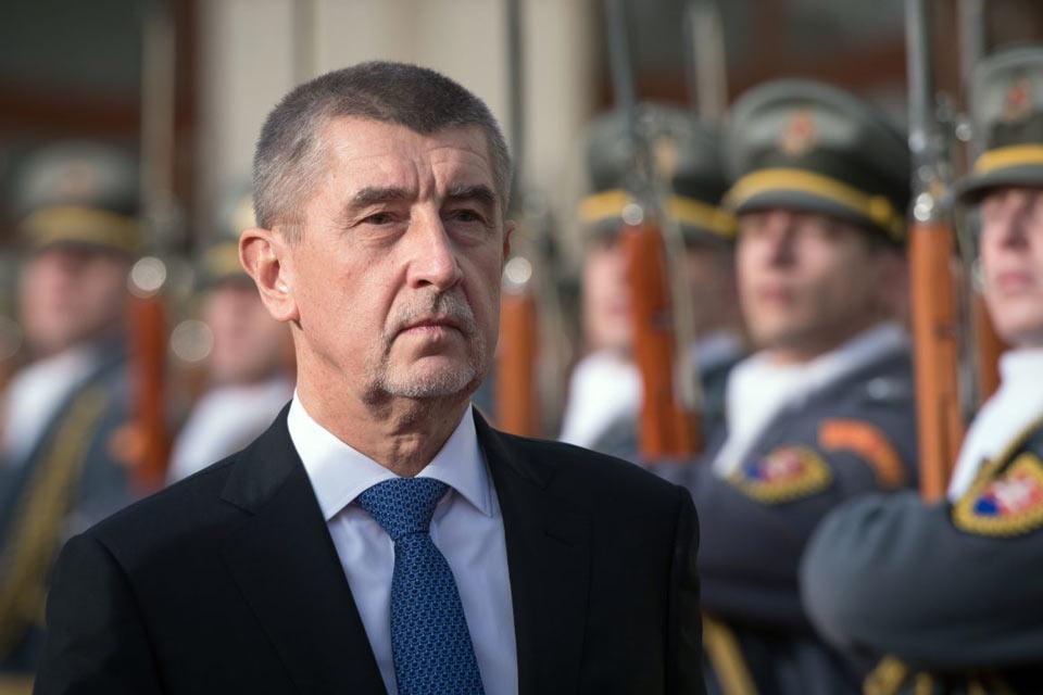 Чехиа Аҧыза-министр Иракли Ҕарибашвили Аҧыза-министрс иалхра идиныҳәалеит
