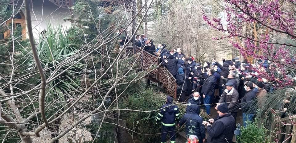 Martvili və Çğondidi Yeparxiyasında qarşıdurma zamanı bir neçə insan xəsarət aldı