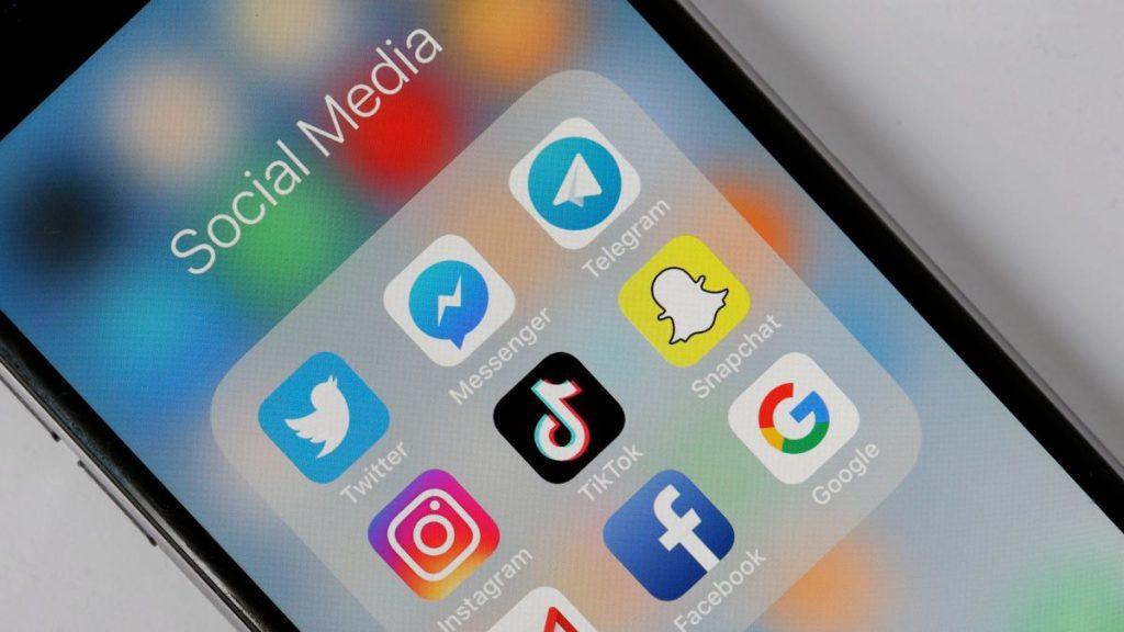 """რუსული მედიის ინფორმაციით, რუსეთის ხელისუფლება """"ფეისბუქს"""", """"ტვიტერს"""" """"გუგლს"""", """"ტიკ-ტოკსა"""" და """"ტელეგრამს"""" უჩივის"""