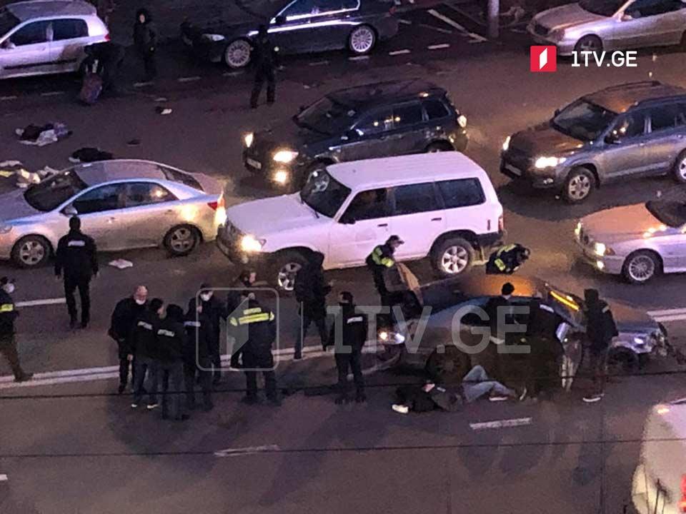 Tbilisidə, Kostava prospektində yol qəzası nəticəsində bir nəfər xəsarət aldı