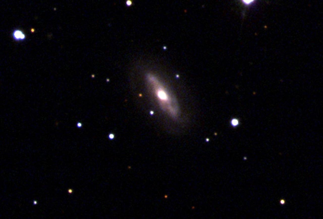 დაფიქსირებულია სუპერმასიური შავი ხვრელი, რომელიც საკუთარ გალაქტიკაში გადაადგილდება — #1tvმეცნიერება