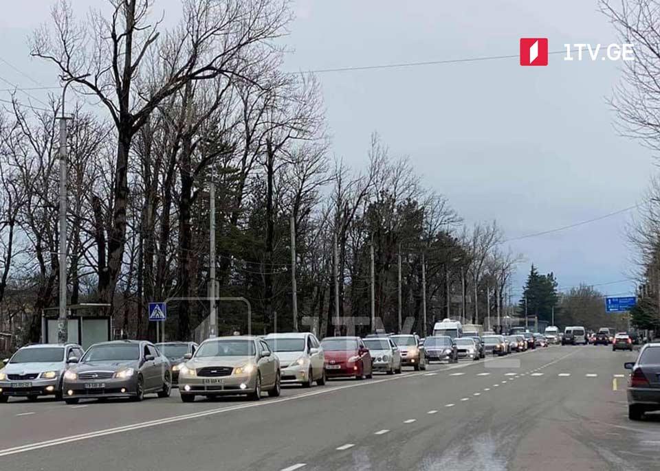 В Кутаиси прошла акция протеста водителей