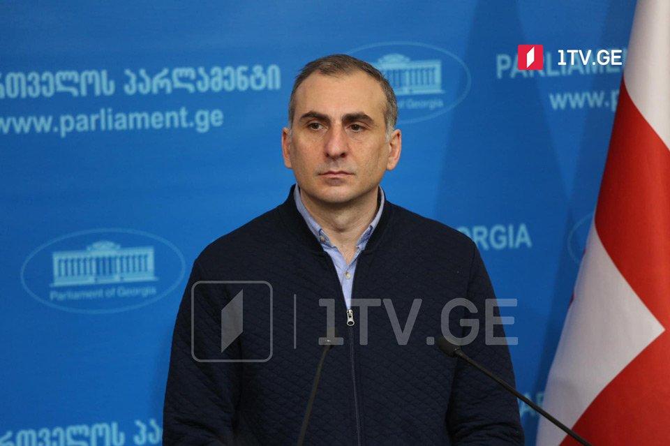 Aleko Eisaşvili - Qaxariyanı müxalif partiya lideri kimi görsək, gürcü siyasi həyatı daha maraqlı olacaq