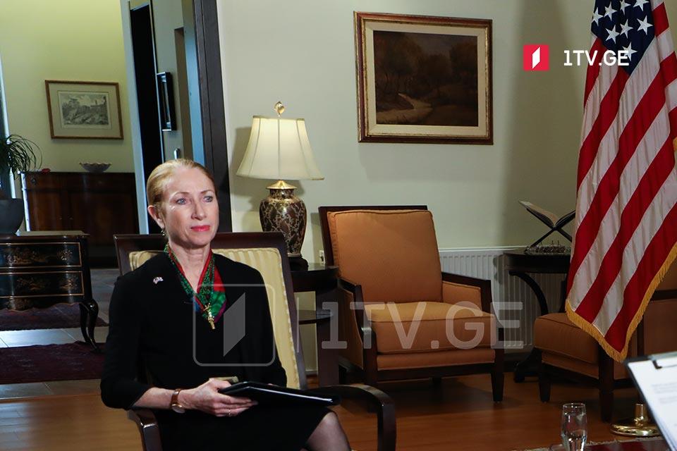 Келли Дегнан - США твердо убеждены в том, что место для согласования позиций находится в парламенте