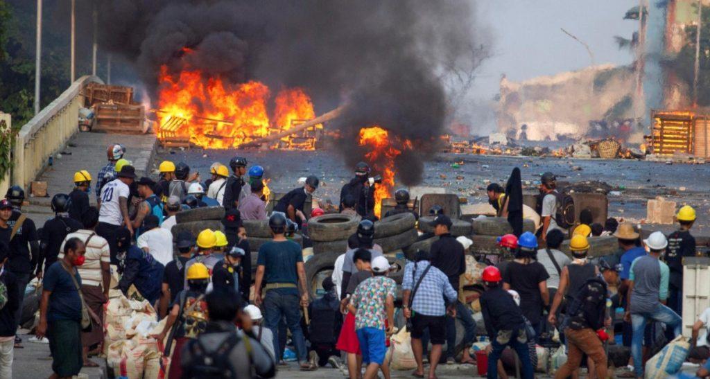 """""""როიტერის"""" ინფორმაციით, მიანმარში, საპროტესტო აქციებზე ამ დრომდე 300 ადამიანი მოკლეს"""
