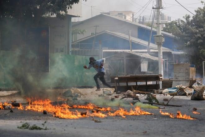 მედიის ცნობით, მიანმარში სამხედრო გადატრიალების მოწინააღმდეგეთა აქციებზე უსაფრთხოების ძალებმა დღეს 114 ადამიანი მოკლეს