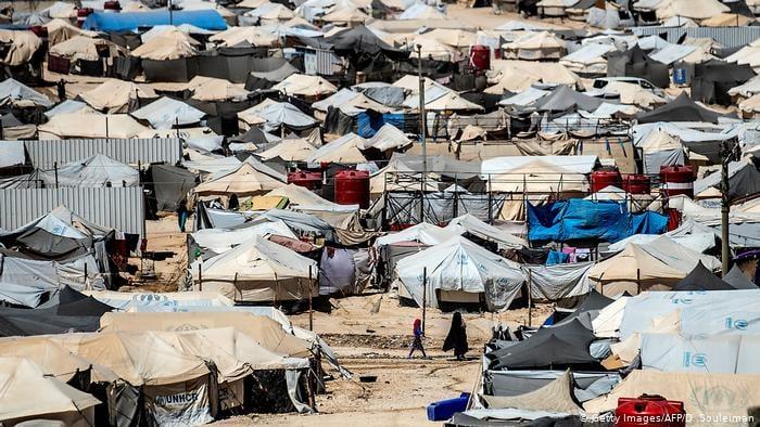"""სირიის ჩრდილო-აღმოსავლეთში, ლტოლვილთა ბანაკში ქურთმა სამხედროებმა """"ისლამური სახელმწიფოს"""" სავარაუდო მხარდამჭერები დააკავეს"""