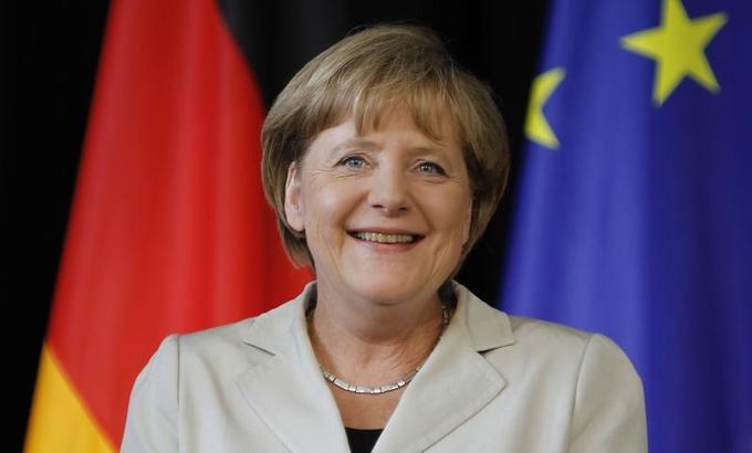 Angela Merkel İrakli Ğaribaşvilinin baş nazirliyini təbrik edir - bu xüsusilə çağırışlarla dolu bir vaxtı məsuliyyətli vəzifənizdə uğurlar arzulayıram