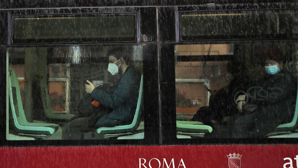მედიის ცნობით, იტალია ევროკავშირის ქვეყნებიდან ჩასული მგზავრებისთვის ხუთდღიანი კარანტინის დაწესებას გეგმავს