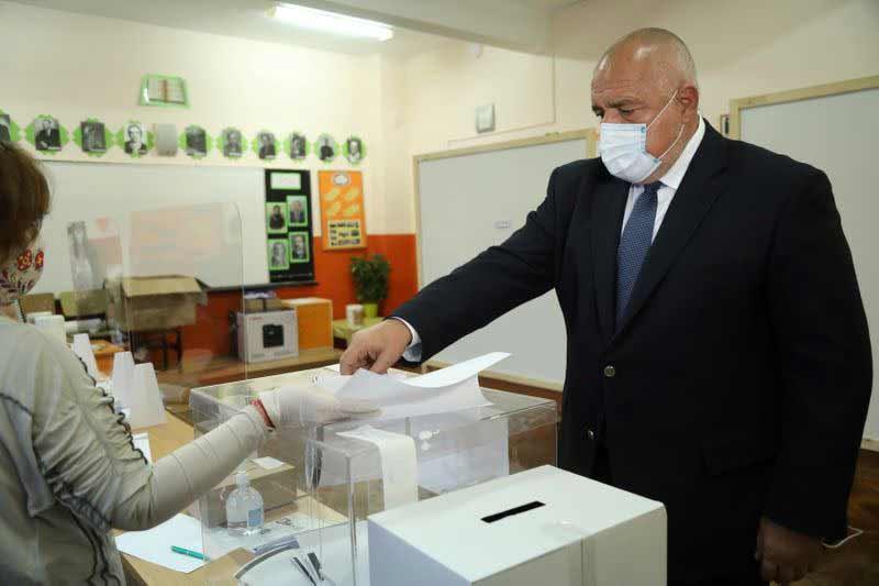 ბულგარეთის საპარლამენტო არჩევნებში მმართველი პარტია ლიდერობს