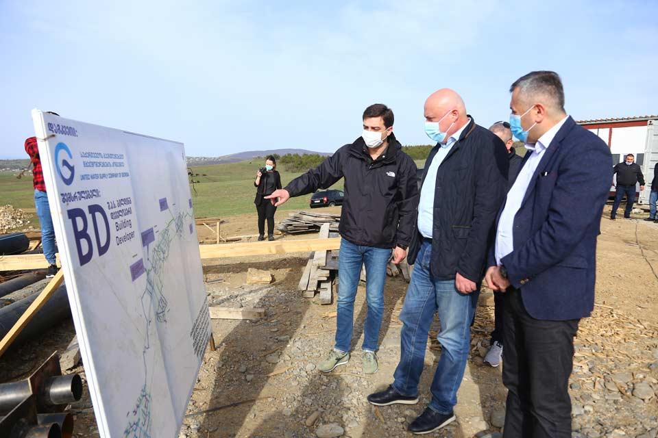 წყალმომარაგების კომპანიის ინფორმაციით, გარდაბნის ექვსი სოფლის წყალმომარაგების სისტემების მშენებლობა ვადაზე ადრე დასრულდება