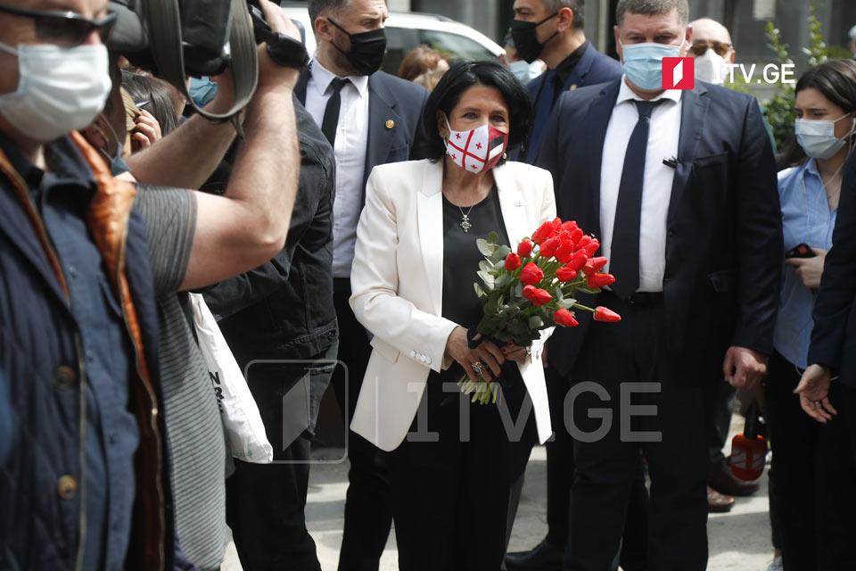 Саломе Зурабишвили почтила память погибших 9 апреля