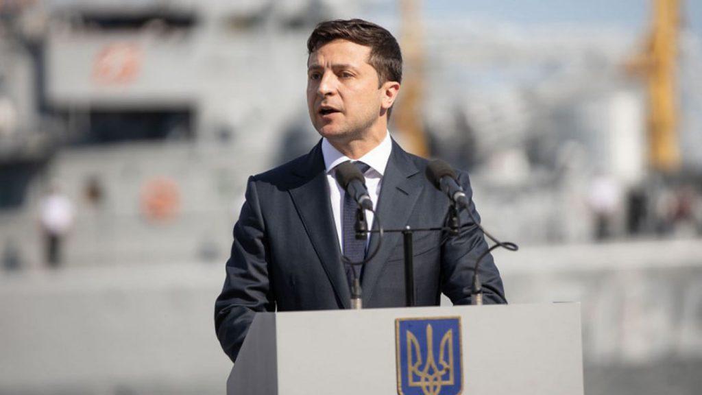 Пресс-спикер президента Украины - Владимир Зеленский запросил переговоры с Владимиром Путиным, но пока не получил ответа