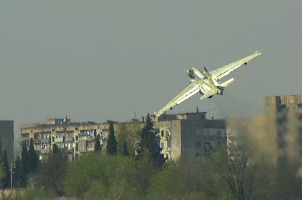 Аҩбатәи ирҿыцу Су-25 аҧышәаратә аҧырра қәҿиарала имҩаҧысит [авидео]