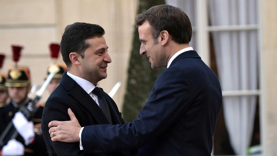 ელისეის სასახლეში საფრანგეთისა და უკრაინის პრეზიდენტების ორმხრივი მოლაპარაკებები დაიწყო