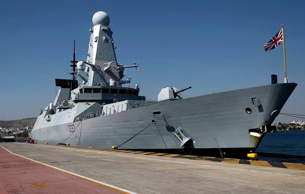 ბრიტანული გამოცემის ინფორმაციით, ბრიტანეთი შავ ზღვაში ორ სამხედრო ხომალდს გზავნის