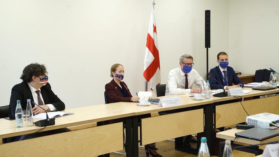 EU and US Ambassadors meet UNM