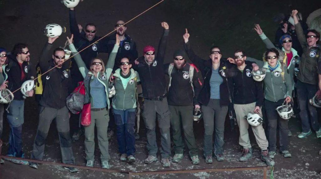 ექსპერიმენტის ფარგლებში, 15-მა მოხალისემ მღვიმეში 40 დღე საათის, ტელეფონებისა და დღის სინათლის გარეშე გაატარა — #1tvმეცნიერება