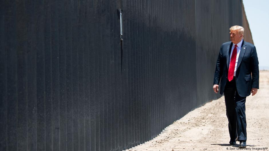 მედიის ცნობით, აშშ-ში ქვეყნის სამხრეთ საზღვარზე კედლის მშენებლობის შეჩერების გადაწყვეტილება მიიღეს