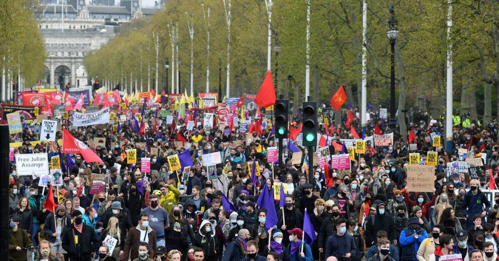 ლონდონში პოლიციის უფლებამოსილების გაფართოების შესახებ კანონპროექტის საწინააღმდეგო დემონსტრაციაზე პოლიციამ ცხრა ადამიანი დააკავა