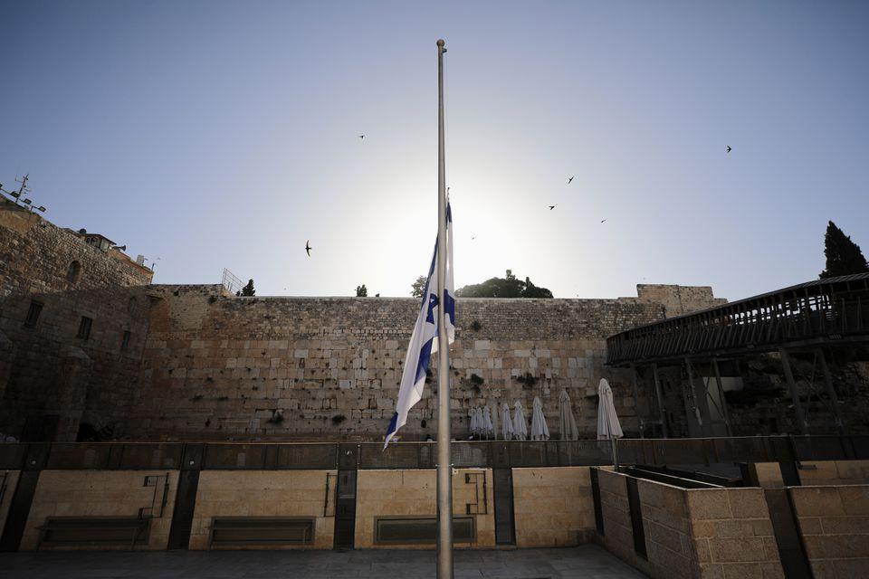ისრაელში მერონის მთაზე მომხდარი ტრაგედიის შედეგად დაღუპულებს გლოვობენ