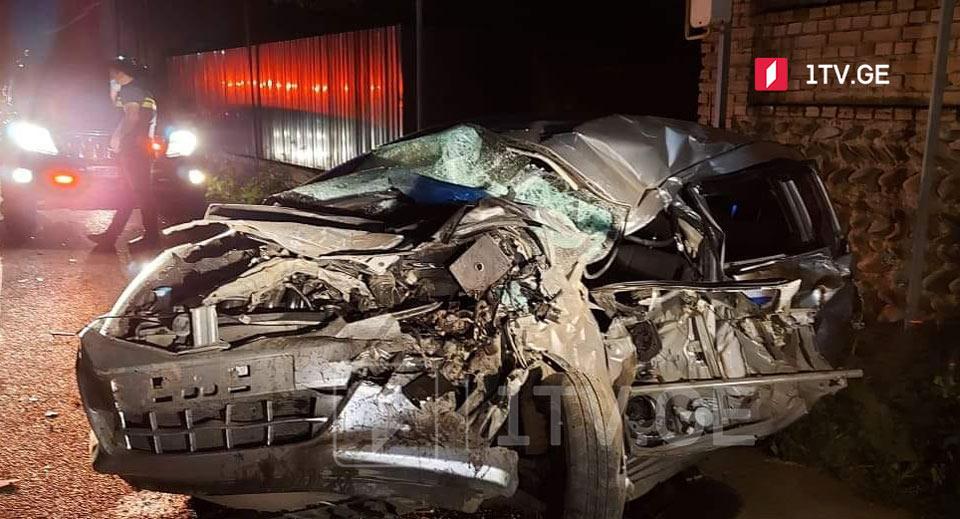 სოფელ დოესში ავტოსაგზაო შემთხვევის შედეგად ორი ადამიანი დაშავდა