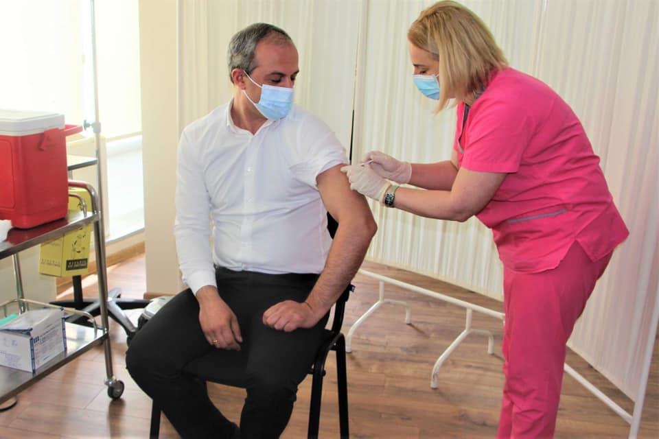 Регионты дарддæр кæны «Синофармæй» вакцинаци