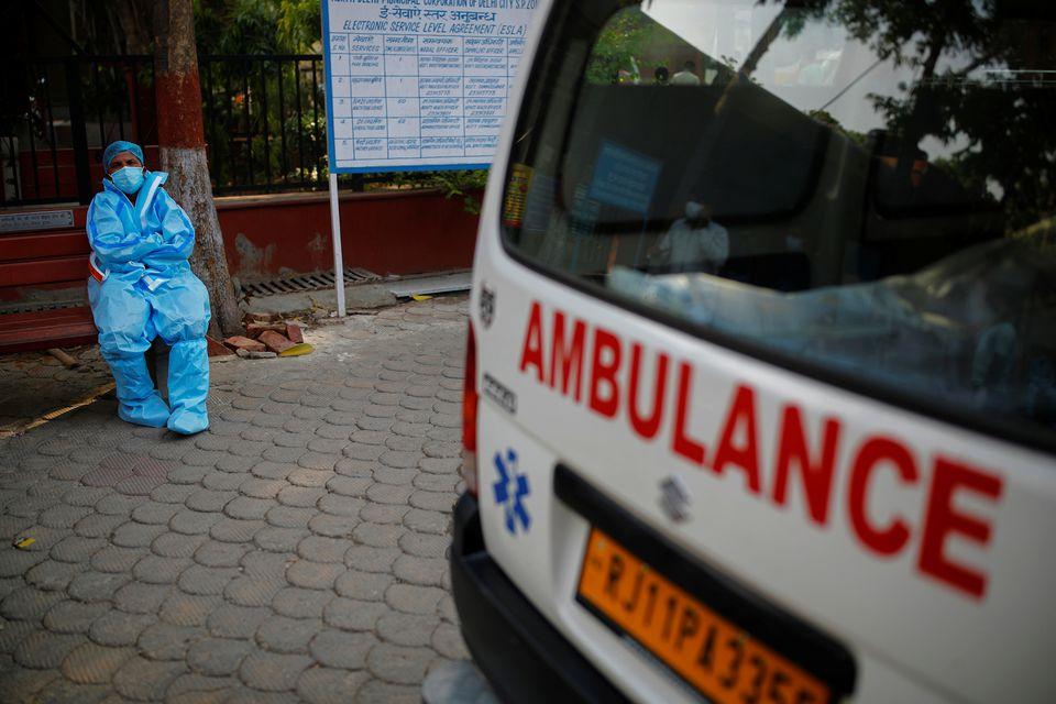 """ინდოეთში """"კოვიდ-19""""-ის 329 942 ახალი შემთხვევა გამოვლინდა, 3 876 პაციენტი გარდაიცვალა"""