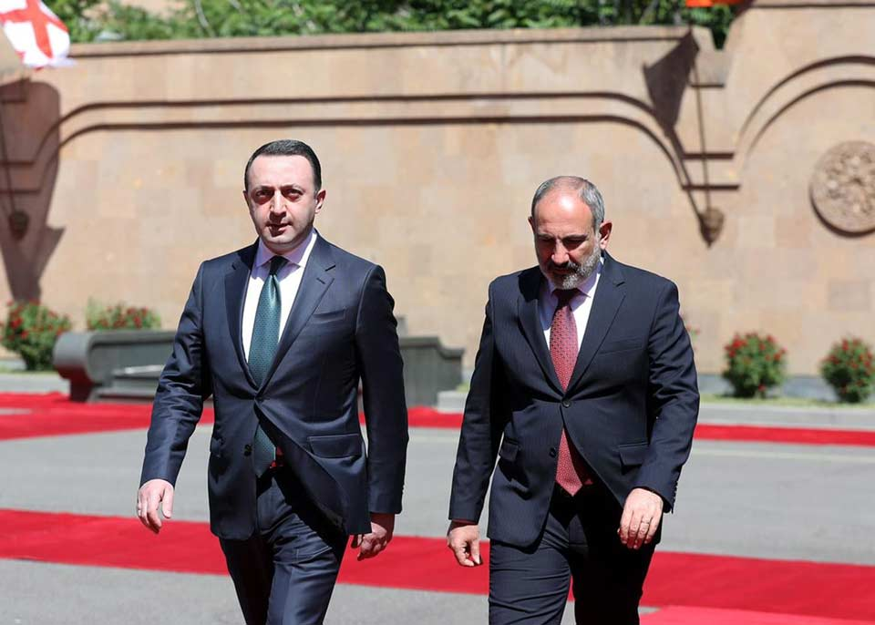 Armenian Prime Minister extends congratulations to Georgian PM